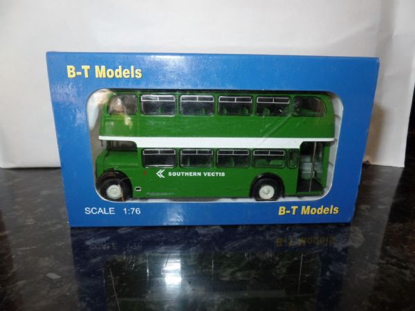 B T Models B103B 1/76 OO Scale Bristol Lodekka LD Bus Open Back Southern Vectis N.B.C.  Sandown